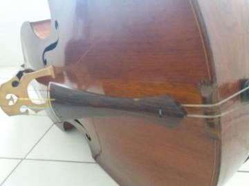 Sobre Restauração, Baixos Chineses e Luthier RapIj